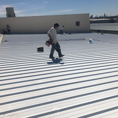 Applying Silicone Roof Coating